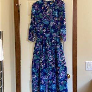 Pretty blue floral maxi dress